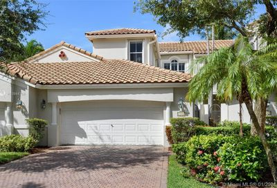 1366 Harbor View West Hollywood FL 33019