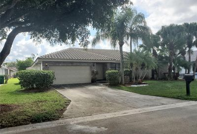 5609 NW 62nd Ave Coral Springs FL 33067