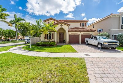 15382 SW 176th Ter Miami FL 33187