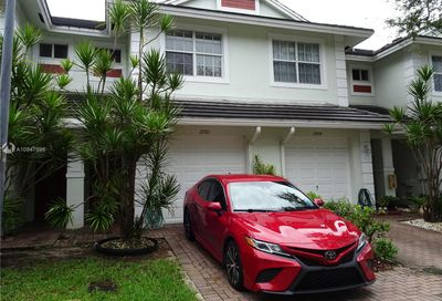 2992 NW 30th Ct Oakland Park FL 33311