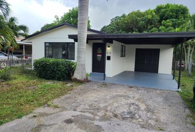 216 NW 15th Pl Pompano Beach FL 33060
