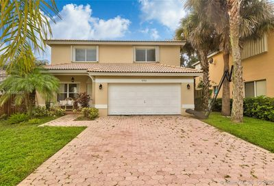 6261 NW 41st Ter Coconut Creek FL 33073