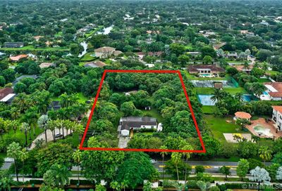 11041 SW 77th Ave Pinecrest FL 33156