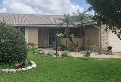 1887 NW 85th Ln Coral Springs FL 33071