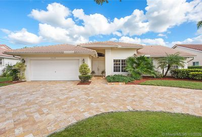 4659 NW 99th Ter Coral Springs FL 33076