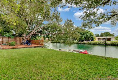 19731 Sterling Dr Cutler Bay FL 33157