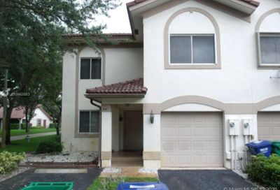 841 NW 104th Way Coral Springs FL 33071