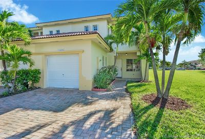 13278 SW 142nd Ter Miami FL 33186