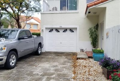 3900 Lombardy St Hollywood FL 33021