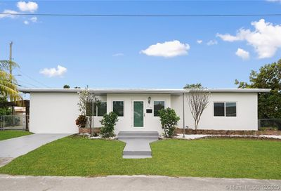 3130 SW 27th Ter Miami FL 33133