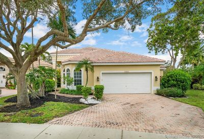 12521 NW 60th Pl Coral Springs FL 33076