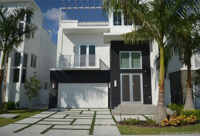 3405 NW 82nd Ct Doral FL 33122