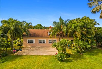 20200 SW 248th St Homestead FL 33031