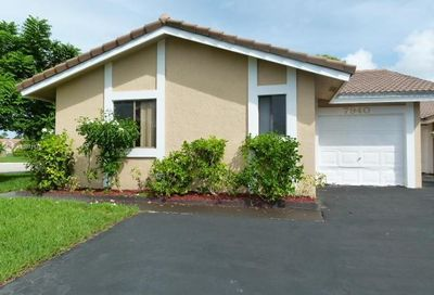 7940 NW 37th Dr Coral Springs FL 33065