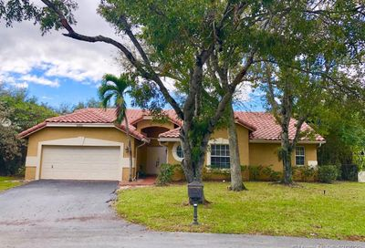 5117 NW 51st Ter Coconut Creek FL 33073