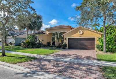 3847 W Gardenia Ave Weston FL 33332