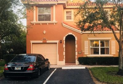 14131 NW 84th Ct Miami Lakes FL 33016