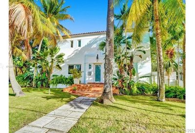4585 Alton Rd Miami Beach FL 33140