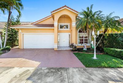 9144 NW 147th Ter Miami Lakes FL 33018