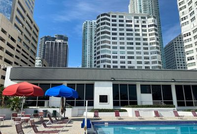 999 Brickell Bay Dr Miami FL 33131