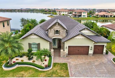 8825 E Watercrest Cir E Parkland FL 33076