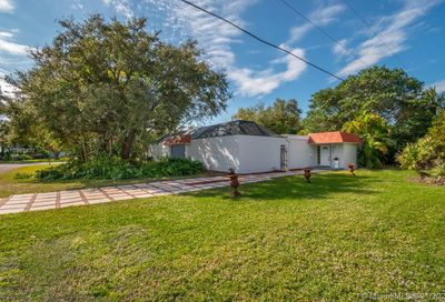 8365 SW 185th Ter Cutler Bay FL 33157