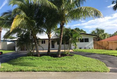 2555 SE 5th Ct Pompano Beach FL 33062
