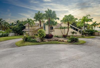 7390 SW 154th Ter Palmetto Bay FL 33157