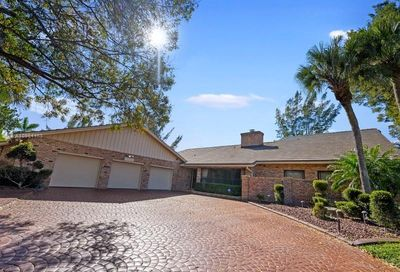 2100 NW 105th Ln Coral Springs FL 33071