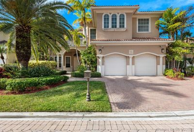 1478 Commodore Way Hollywood FL 33019