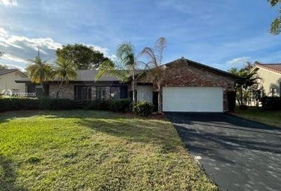 1446 NW 113th Ter Coral Springs FL 33071