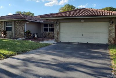 1928 NW 108th Ln Coral Springs FL 33071