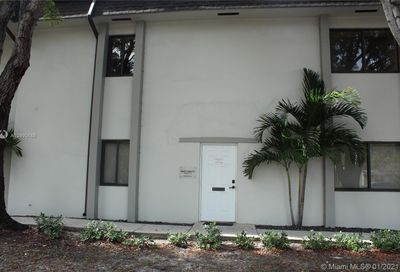 12372 SW 82nd Ave Pinecrest FL 33156