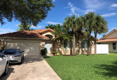 525 SW 169th Ter Weston FL 33326