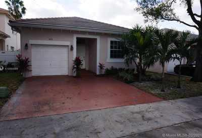4824 NW 19th St Coconut Creek FL 33063
