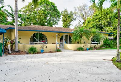 605 SW 65th Ave Margate FL 33068