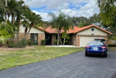 559 NW 108th Ave Coral Springs FL 33071