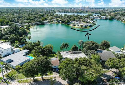 19241 NE 20th Ct North Miami Beach FL 33179