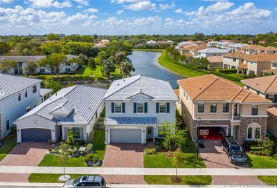 3854 NW 89th Way Coral Springs FL 33065