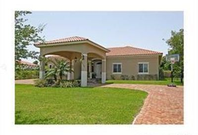 8150 SW 175th St Palmetto Bay FL 33157