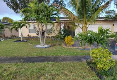 8261 NW 68th Ave Tamarac FL 33321