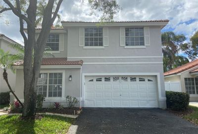 880 Garnet Cir Weston FL 33326
