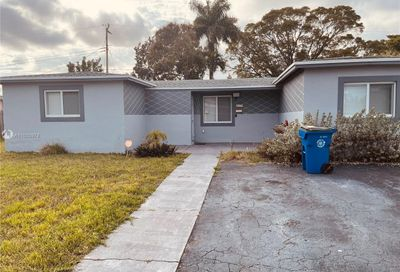 4381 NW 35th Ter Lauderdale Lakes FL 33309
