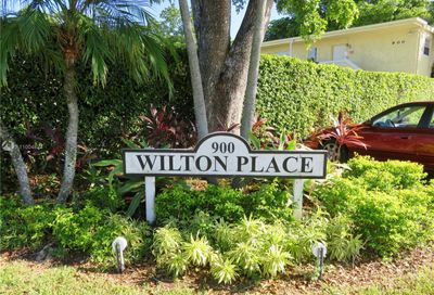 900 NE 26th St Wilton Manors FL 33305