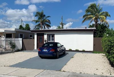 530 NW 59th Ct Miami FL 33126