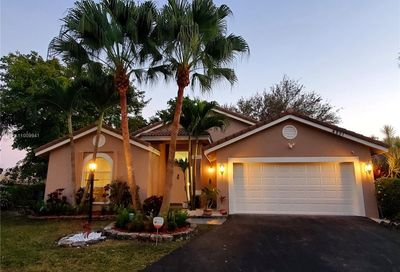 4851 NW 103rd Dr Coral Springs FL 33076