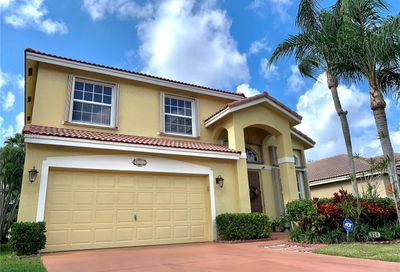 520 NW 115th Way Coral Springs FL 33071