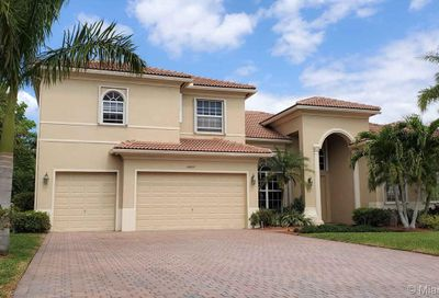 11835 NW 12th Manor Coral Springs FL 33071