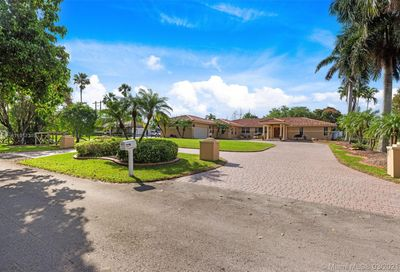 15830 SW 53rd Ct Southwest Ranches FL 33331