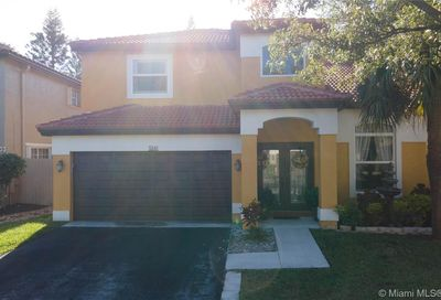 5541 NW 50th Ave Coconut Creek FL 33073
